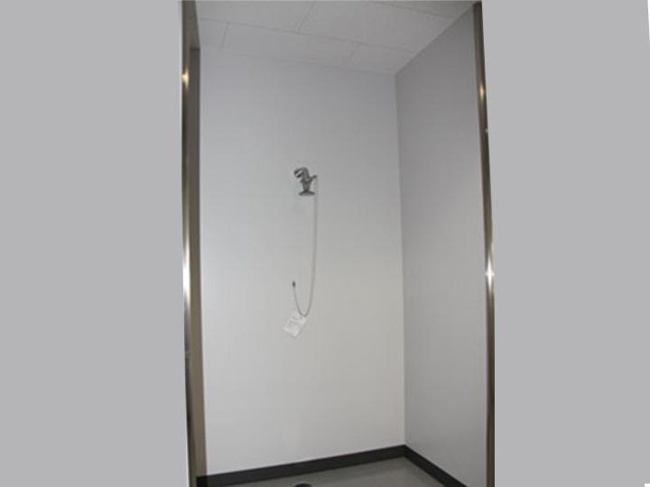 緊急シャワーの画像